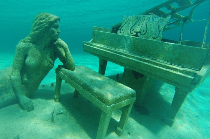 The Musician by Jason de Caires Taylor.
